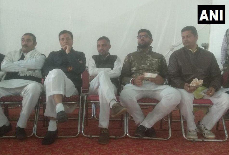 LIVE : राजस्थान में कांग्रेस जीती, हरियाणा में बीजेपी आगे