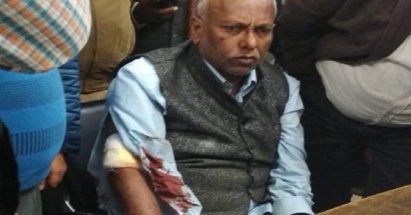 बाबा साहेब भीमराव आम्बेडकर विश्वविद्यालय के कुलपति के साथ की मारपीट, लोहूलुहान हालत में पहुंचे थाने