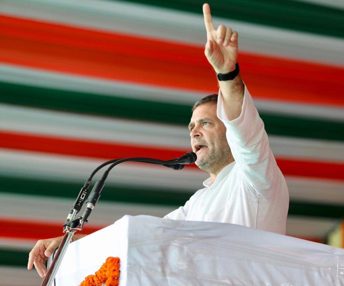 लोकसभा संग्राम 67– कुछ तो बात है जो हस्ती मिटती नही हमारी सदियों से दुश्मन है संघियों का एक झुंड हमारा, कांग्रेस के राष्ट्रीय अध्यक्ष राहुल गांधी ने हिन्दुस्तान की अवाम के दिलों में अपनी जगह बनाई