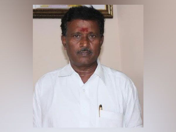 AIADMK के सांसद एस राजेंद्रन की कार एक्सीडेंट में मौत