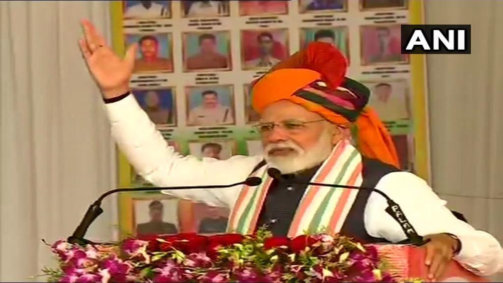 PM मोदी बोले, देश सुरक्षित हाथों में है, सौगंध मुझे इस मिट्टी की - मैं देश नहीं झुकने दूंगा