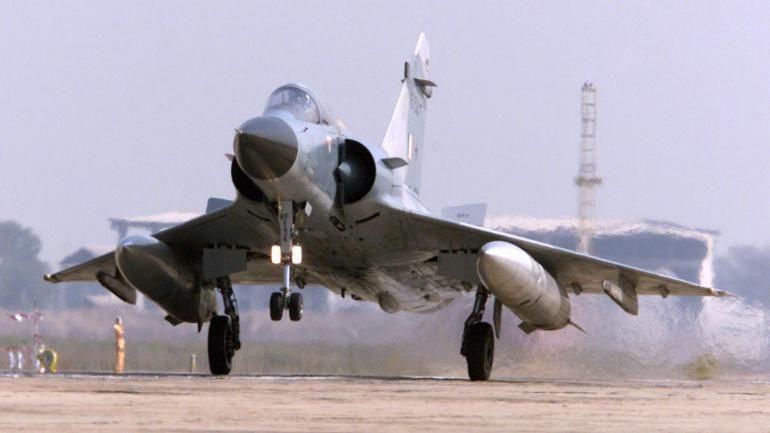 LIVE : भारत का पाकिस्तान को मुंहतोड़ जवाब, सीमा लांघने वाले F16 विमान को किया ढेर