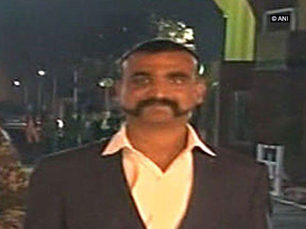 विंग कमांडर अभिनंदन को लेकर मचा पाकिस्तान सरकार में घमासान