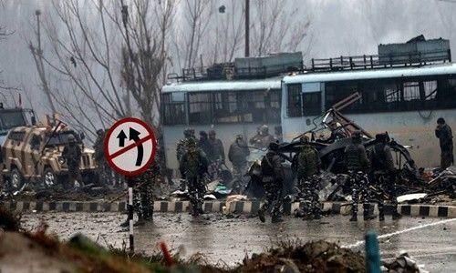 पुलवामा अटैक के चलते सीआरपीएफ, बीएसएफ और सेना नहीं मनाएगी होली
