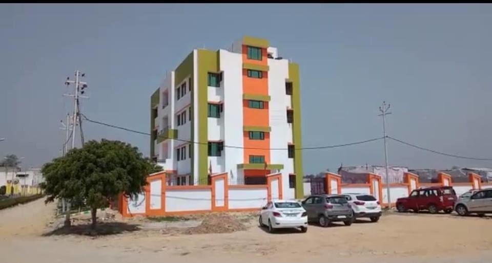 बीजेपी बनी बहुमंज़िला जनता पार्टी, बीजेपी ने दो साल में बना लिए कई सौ नए बहुमंज़िला कार्यालय