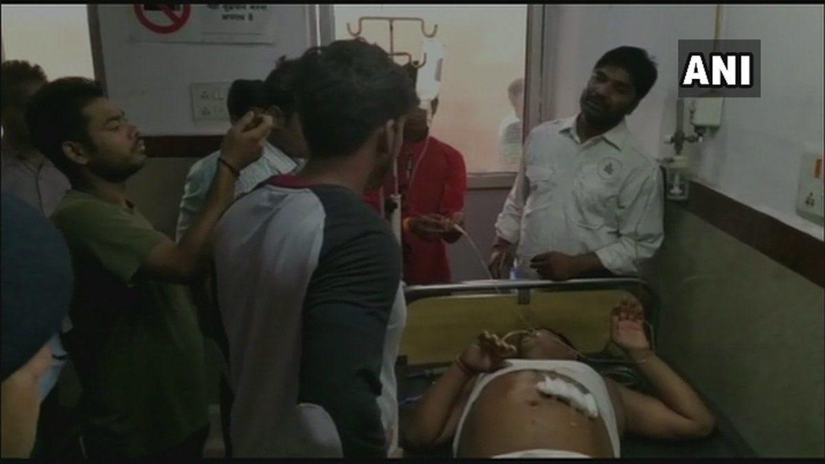 बिहार में बेखौफ बदमाश, बीजेपी नेता को मारी गोली, गंभीर हालत में अस्पताल में भर्ती