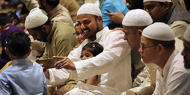 जानें यूपी में किस पार्टी ने उतारे कितने मुस्लिम उम्मीदवार?