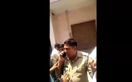 दलित को बोट डालने से रोका भेजा जेल