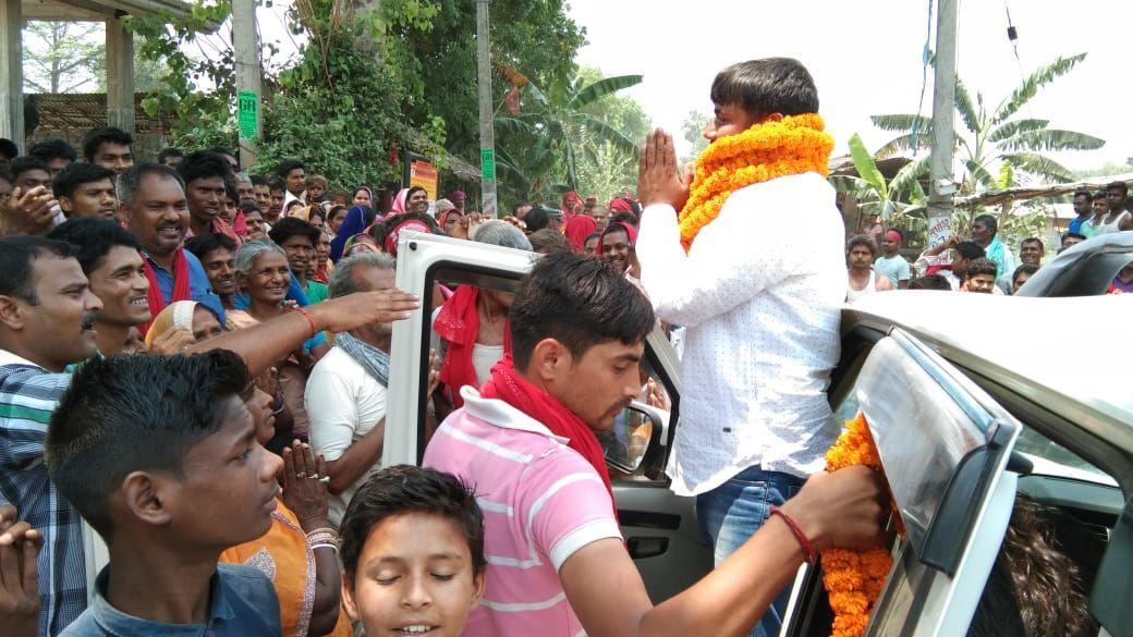 वोट के लिए कुछ लोग देश में स्कूल-अस्पताल खोलने के बजाय श्मशान और कब्रिस्तान की बात करते है - कन्हैया कुमार