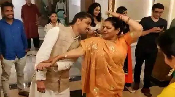 कांग्रेस नेता इमरान मसूद ने किया पत्नी संग डांस, भड़के मौलानाओं ने दी ये नसीहत!