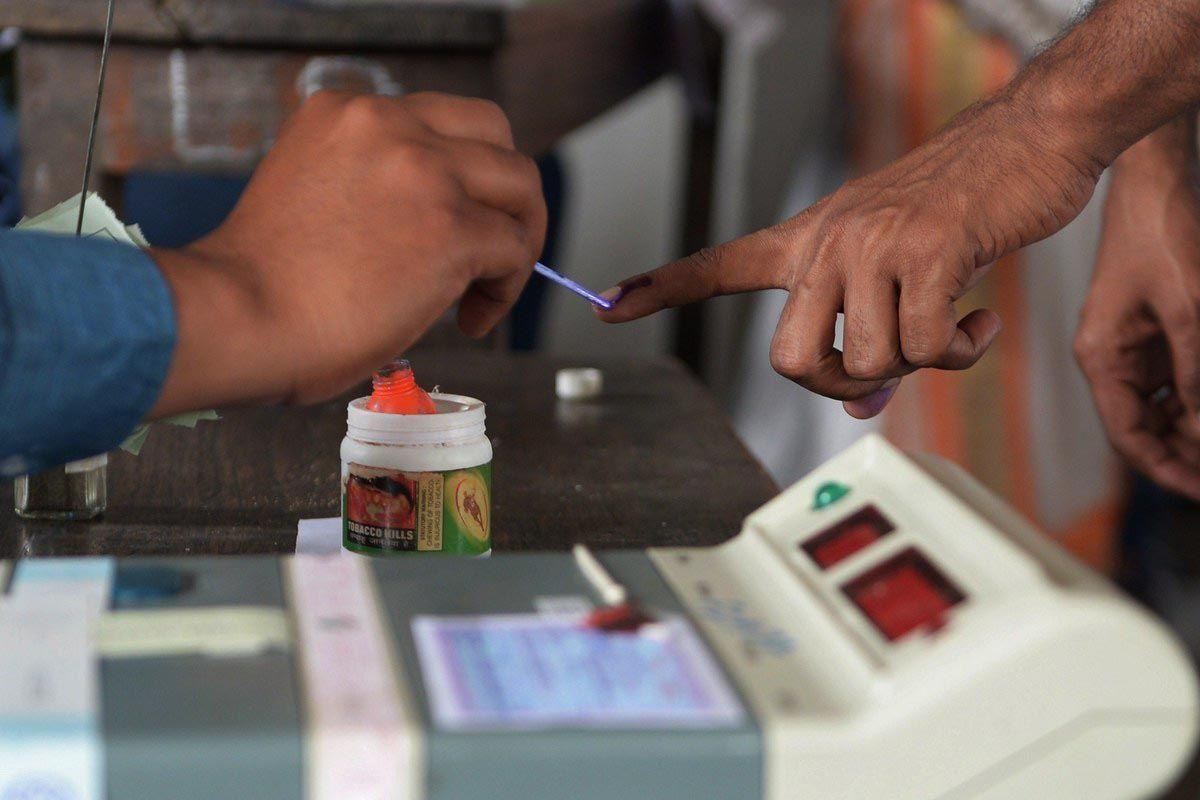 वाराणसी में सभी नामाकंन पत्र वैध होते तो वैलेट पेपर से कराना पड़ता मतदान
