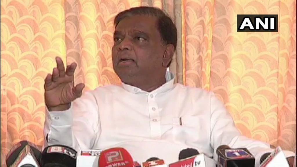 राजीव की मौत भ्रष्टाचार से नहीं हुई - बीजेपी नेता श्रीनिवास प्रसाद