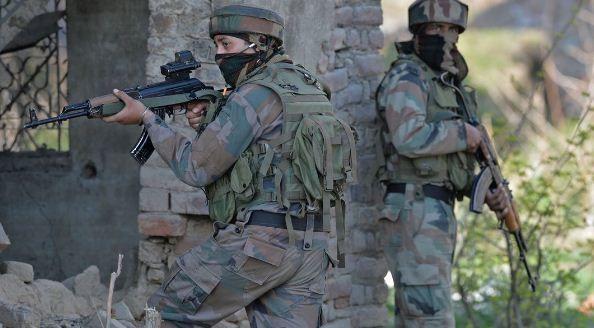 जम्मू कश्मीर में भारतीय सेना ने दो आतंकियों को मारा