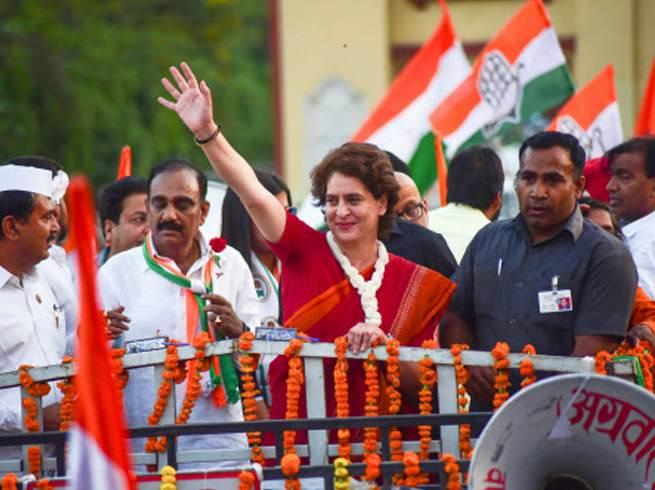 Priyanka Gandhi exit polls congress Latest news News: प्रियंका ने दिया अपने समर्थकों को संदेश!