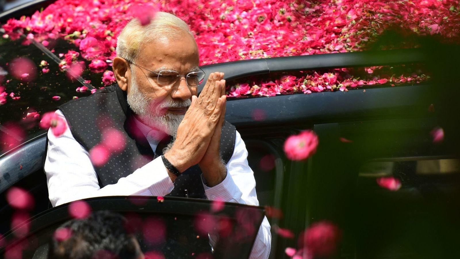 BJP ने चला मास्टरस्ट्रोक, बंगाल हिंसा में मारे गए कार्यकर्ताओं के परिवार को पीएम के शपथ ग्रहण में न्योता