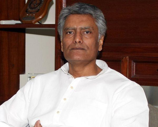 पंजाब कांग्रेस प्रदेश प्रधान सुनील जाखड़ ने पद से दिया इस्तीफा