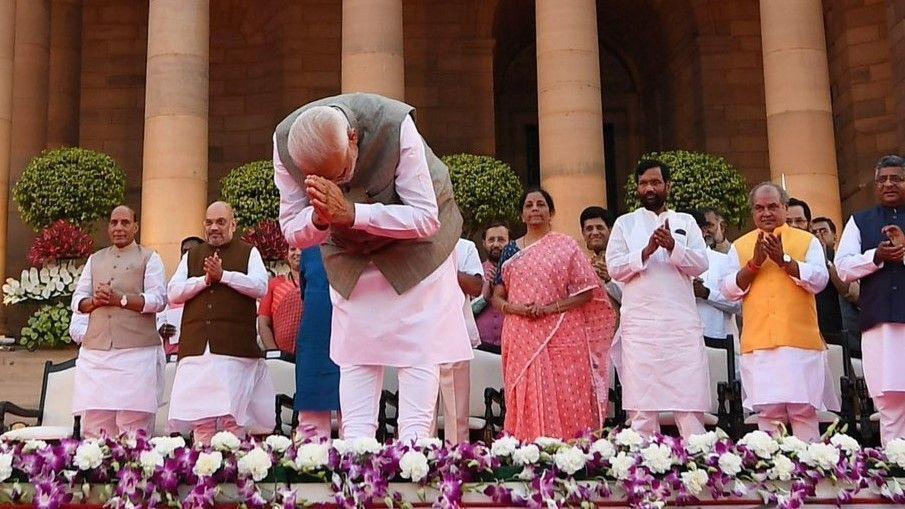 मोदी मंत्रीमंडल में फिर सवर्णों का बोलबाला, दलित पिछड़े गये हांसिये पर