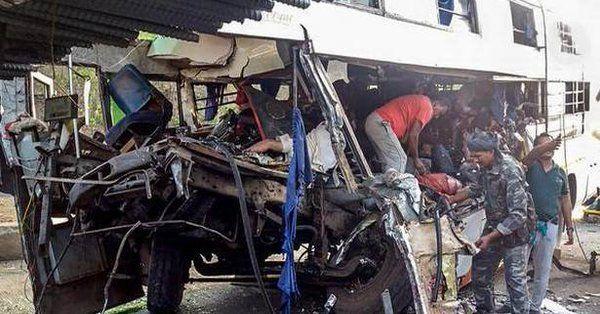 हजारीबाग में हुआ बस एक्सीडेंट, 11 की मौत 25 घायल