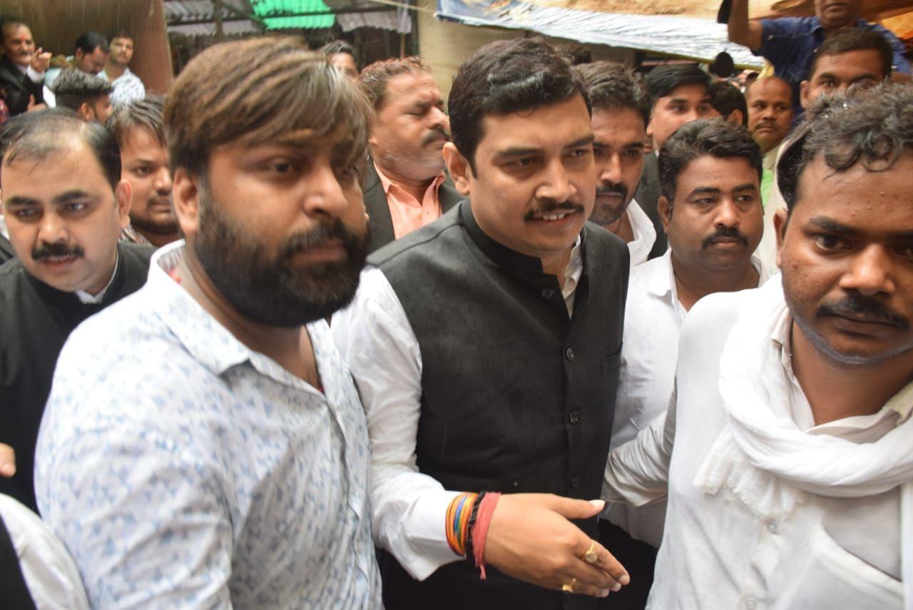 बसपा सांसद अतुल राय को 14 दिन की न्यायिक अभिरक्षा में कोर्ट ने जेल भेजा