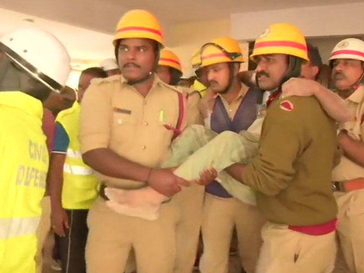 बेंगलुरु में निर्माणाधीन इमारत गिरने से 4 लोगों की मौत, वहीं दूसरे हादसे में 7 को निकाला