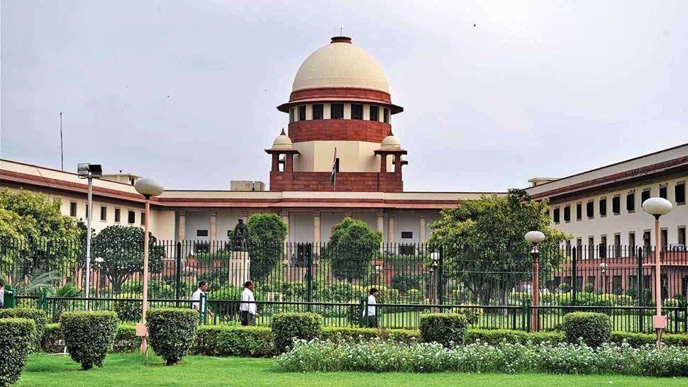 कर्नाटक के राजनीतिक संकट पर सुप्रीम कोर्ट के अगले आदेश तक रोक