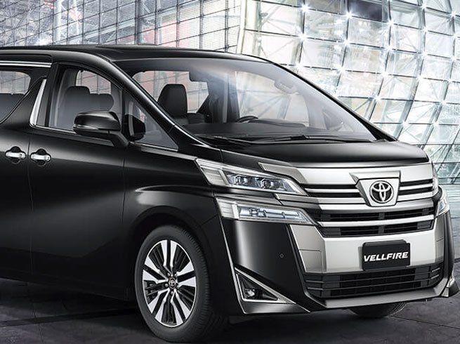 इनोवा से धांसू 7 सीट वाली नई कार ला रहा टोयोटा