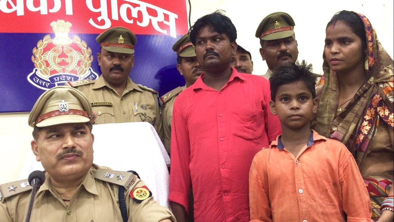 बाराबंकी पुलिस बड़ी कामयाबी, 10 वर्षीय बालक को 48 घंटे के अंदर सकुशल किया बरामद दो अपहरणकर्ता भी दबोचे