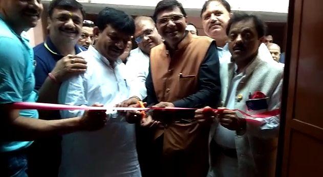 मुजफ्फरनगर : जैन इंटर कॉलेज में विद्यार्थियों के लिए एक टॉयलेट ब्लॉक का हुआ निर्माण