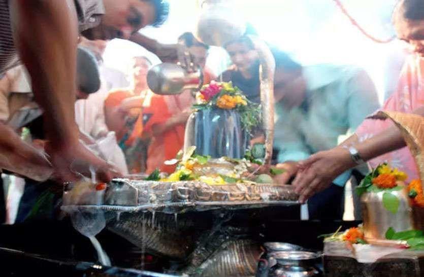 आज है सावन का पहला सोमवार, जानिए- राशि के अनुसार कैसे करें भगवान शिव की पूजा