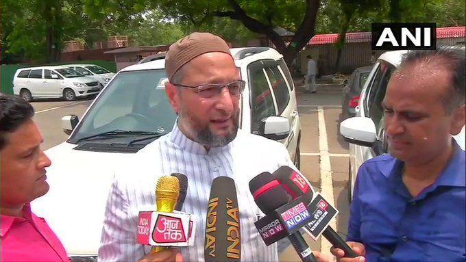 """भाजपा सांसद प्रज्ञा सिंह ठाकुर की """"स्वच्छता अभियान"""" पर की गई टिप्पणी पर असदुद्दीन ओवैसी ने किया पलटवार"""