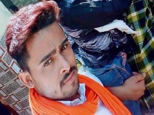 प्रेम में धोखा खाए प्रेमी ने मंदिर में फेसबुक लाइव कर की आत्महत्या