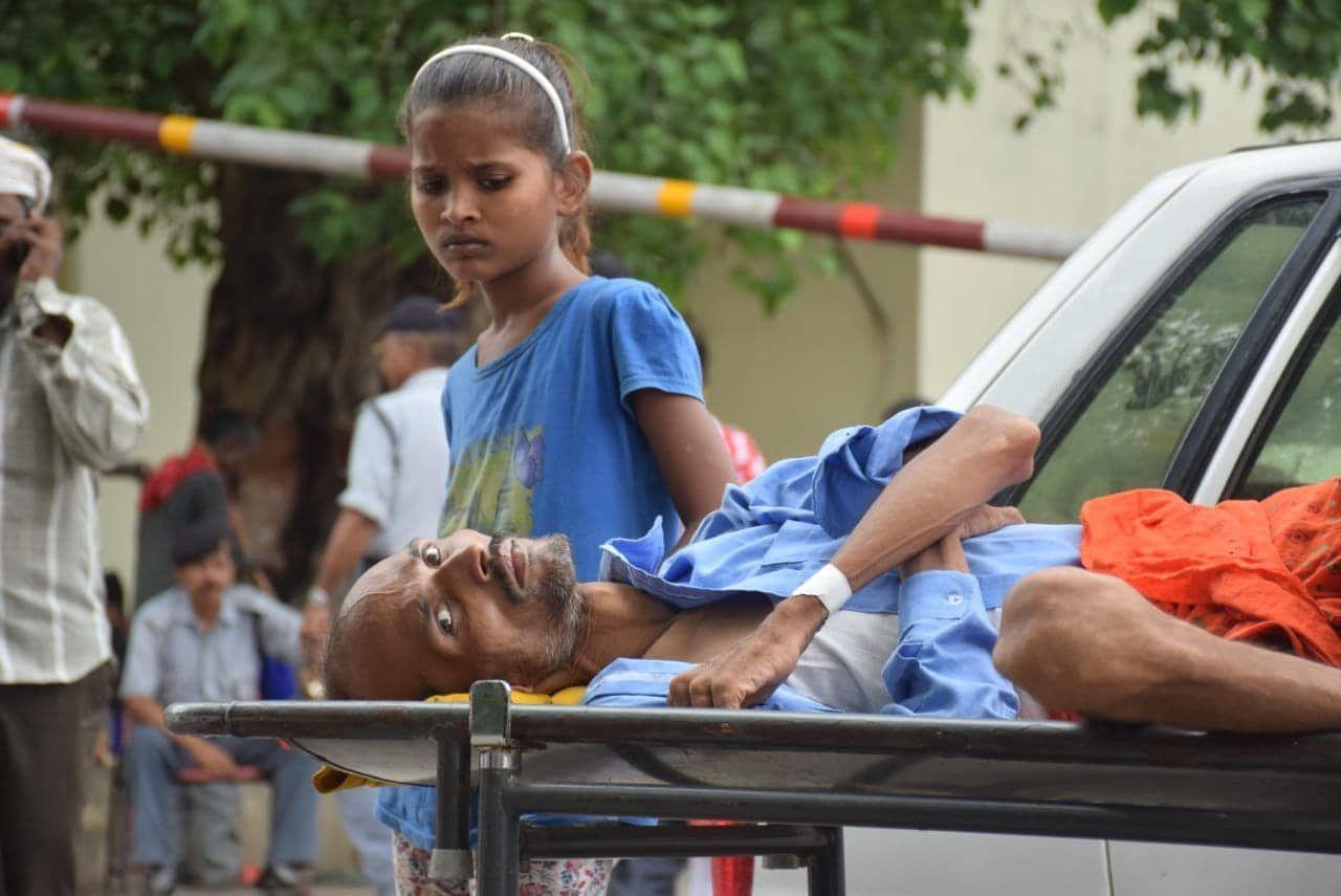 BHU वीसी ने डॉक्टरों से कहा, तुम हड़ताल करो UGC हमारी भी नहीं सुनती