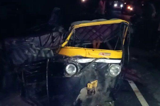 यूपी में बेकाबू ट्रक और टेंपो में टक्कर, हादसे में 4 लोगों की मौत, 6 घायल