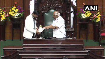 कर्नाटक में भी भाजपा सरकार, येदियुरप्पा ने साबित किया बहुमत, स्पीकर रमेश कुमार ने दिया इस्तीफा