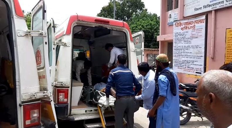 पीलीभीत में गैस सिलेंडर फटने से पांच लोग झुलसे, अस्पताल में भर्ती