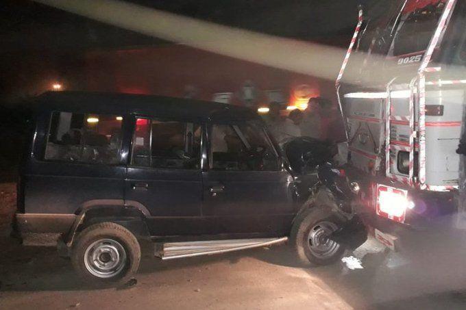 यूपी पुलिस पर सडक दुर्घटना का कहर, बागपत में जीप ट्रक से टकराई, दरोगा की मौत तीन सिपाही घायल