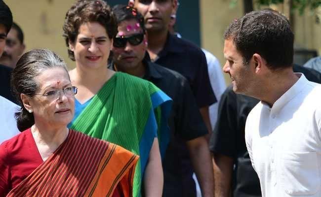 12 घंटों की माथापच्ची के बाद सोनिया गांधी इस तरह बनीं कांग्रेस की अंतरिम अध्यक्ष, जानिए पूरी हकीकत