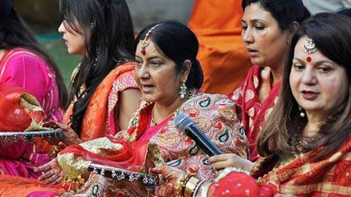 करीब 20 साल से मुजफ्फरपुर की लहठी पहनकर तीज करती थीं सुषमा स्वराज
