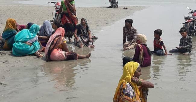 गंगा स्नान करने गए छह किशोर डूबे, तीन को बचाया, तीन की मौत