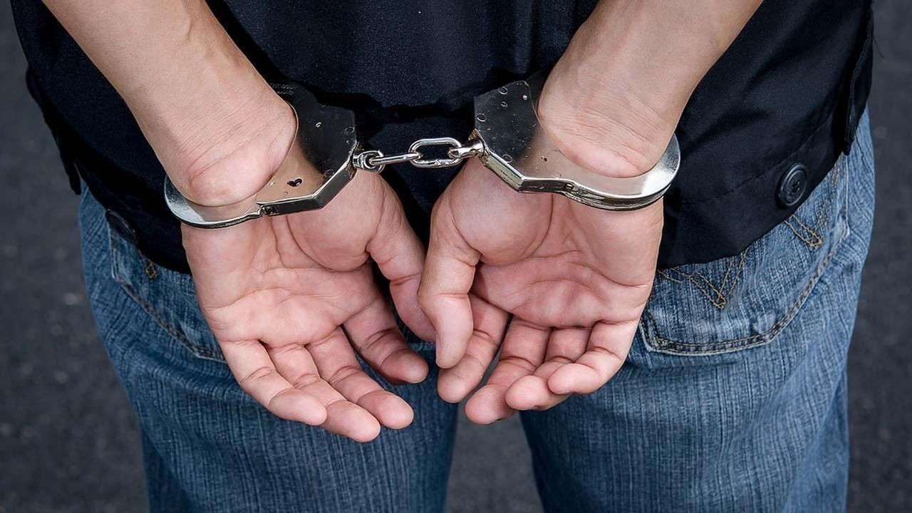 50 हजार इनामी बदमाश को गिरफ्तार कर थाना एक्सप्रसवे पुलिस ने हासिल की बड़ी सफलता