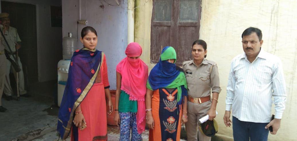 सहारनपुर में पत्रकार आशीष की हत्या में शामिल माँ बेटी गिरफ्तार