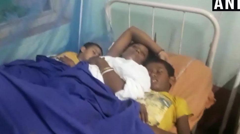 जन्माष्टमी के दौरान मंदिर में मची भगदड़, 4 की मौत, 27 घायल