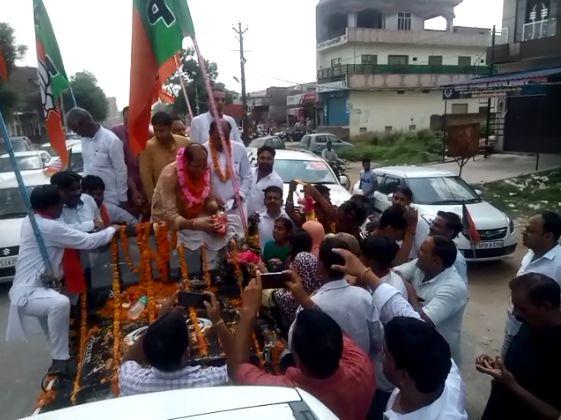 सुरेश राणा  कैबिनेट मंत्री बनने के बाद प्रथम बार पहुंचे गृह जनपद शामली
