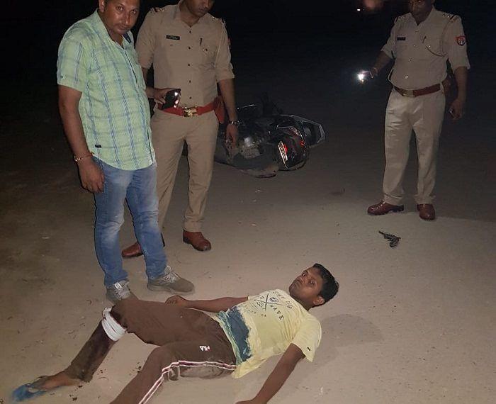 गाजियाबाद के इंदिरापुरम पुलिस से हुई बदमाश की मुठभेड़, पच्चीस हजार का इनामी बदमाश घायल