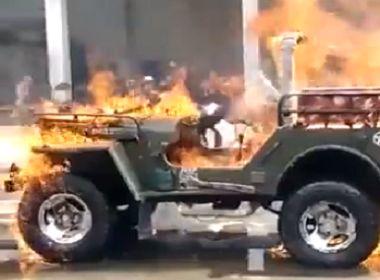 स्टार्ट नहीं हो रही थी जीप, गुस्से में आकर लगा दी आग - TikTok पर वीडियो वायरल, दो गिरफ्तार