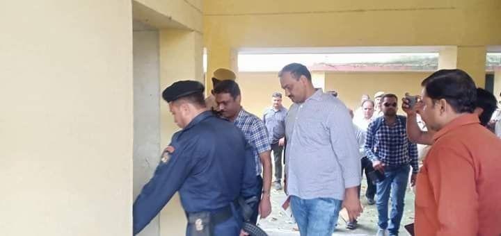 स्वामी पर लगे आरोपो पर एसआईटी टीम ने एसएस लॉ कॉलेज में की जांच, आरोप लगाने वाली छात्रा के हॉस्टल के कमरे को भी बारीकी से देखा