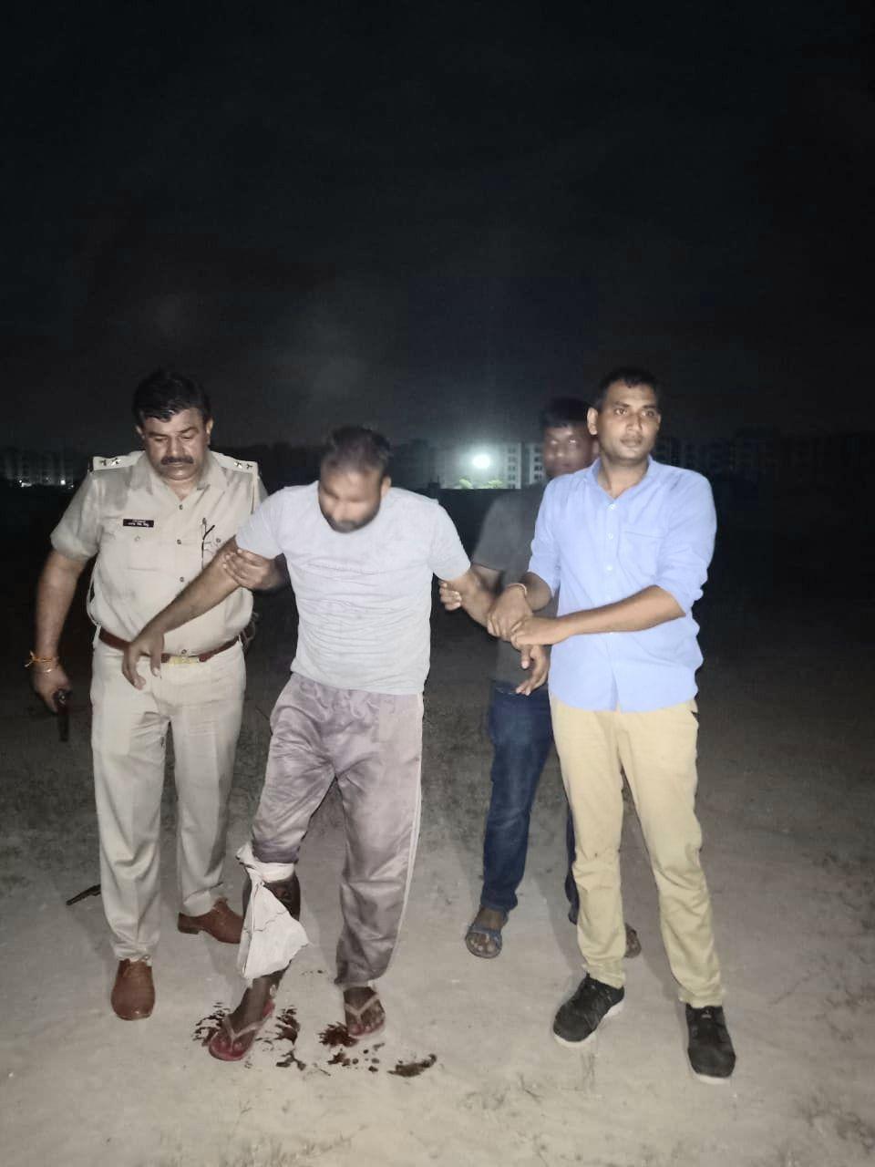 गाजियाबाद में पुलिस से मुठभेड़, पच्चीस हजार का इनामिया बदमाश घायल