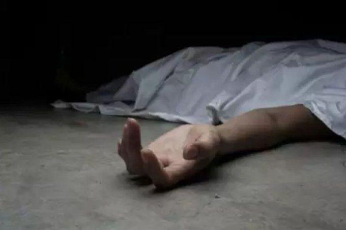 यूपी के मथुरा में बड़ी बहन की मौत से छोटी बहन को लगा सदमा, शव के पास रोते हुए दे दी जान