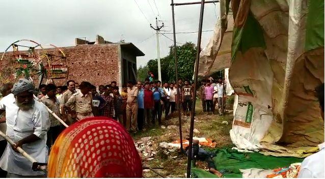 शामली के मेले में दौडा विद्युत लाइन का करंट, एक युवक की मौत