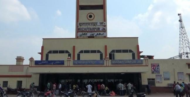 मुजफ्फरपुर में महिला सिपाही गिरफ्तार, एटीएम से चोरी कर बॉयफ्रेंड को भेजती थी पैसा